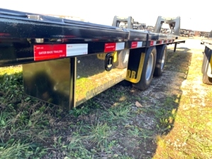 Hot Shot Trailer With Hydraulic Dovetail Hot Shot Trailer With Hydraulic Dovetail. 30+10 hydraulic dovetail with 12,000 pound dexter disc brakes. Perfect for hotshotting all types of vehicles.