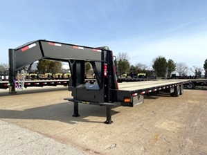 Hotshot Trailer with Air Ride Suspension  Hotshot Trailer with Air Ride Suspension. Gatormade hotshot trailer with air ride suspension, hydraulic dovetail, and 12k disc brakes.